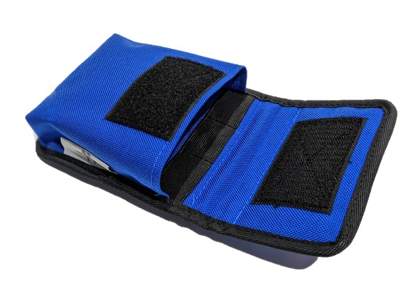 Notebook pouch with internal elastic strap